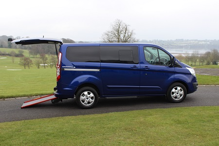 Ford Tourneo Custom Second row of seats